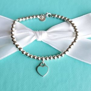 Mini blue heart tag bead bracelet